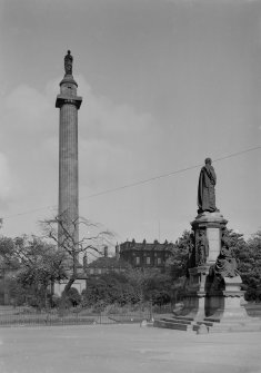 General view from West of Melville's Monument