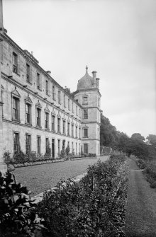 Culross Abbey Mansion House Rear view of house Scanned image from original glass plate negative. Original envelope annotated by Erskine Beveridge 'Culross Abbey from W'