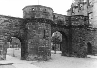 General view of the West Gate. 