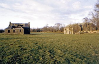 Kinnettles Mill: corn mill (far right), threshing mill (right)  and mill cottage (right) from E, c1979