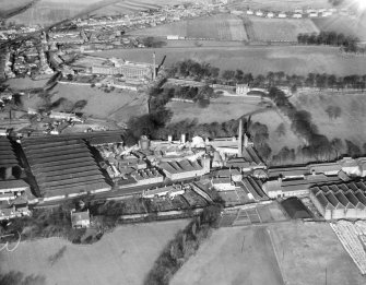 Carsebridge Distillery, Carsebridge Road, Alloa.  Oblique aerial photograph taken facing north.