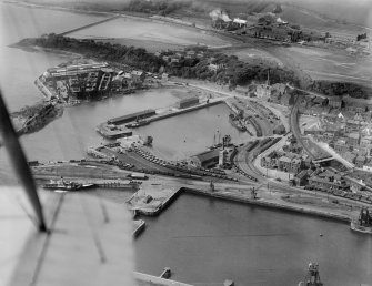 Burntisland, general view, showing West Dock and Harbour Place.  Oblique aerial photograph taken facing north-west.