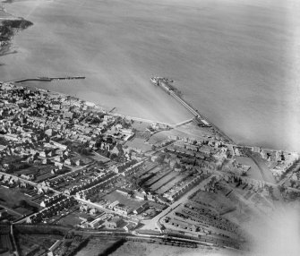 Stranraer, general view, showing Stranraer Harbour and Lochryan Street.  Oblique aerial photograph taken facing north.