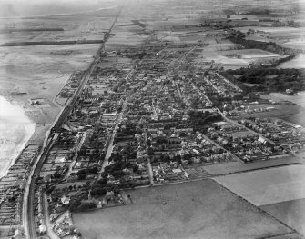 Carnoustie, general view, showing High Street and Maule Street.  Oblique aerial photograph taken facing west.