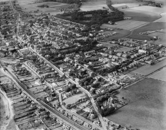 Carnoustie, general view, showing Church Street and Carnoustie House Grounds.  Oblique aerial photograph taken facing west.