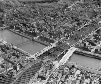 Glasgow, general view, showing George the Fifth and Glasgow Bridges and South Portland Street.  Oblique aerial photograph taken facing south.