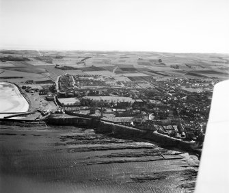 St. Andrews, general view, showing St Andrews Cathedral and St Mary Street.  Oblique aerial photograph taken facing south.