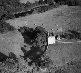 Gilnockie Tower, Hollows.  Oblique aerial photograph taken facing south-east.