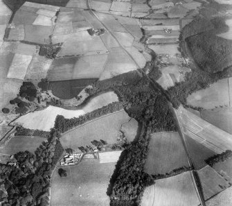 Dead-men's Holm and Coilsfield Mains, Tarbolton.  Oblique aerial photograph taken facing east.