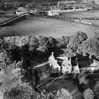 The Elms, Scroggie Meadow, Annan.  Oblique aerial photograph taken facing north.