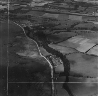 Craigflower Estate, Torryburn.  Oblique aerial photograph taken facing north.  This image has been produced from a crop marked print.