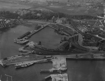 Burntisland Harbour.  Oblique aerial photograph taken facing north.  This image has been produced from a marked print.