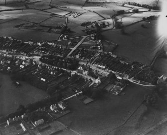Wigtown, general view, showing The Square and Harbour Road.  Oblique aerial photograph taken facing north-west.  This image has been produced from a print.