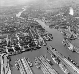 Prince's Dock looking West Glasgow, Lanarkshire, Scotland. Oblique aerial photograph taken facing West.