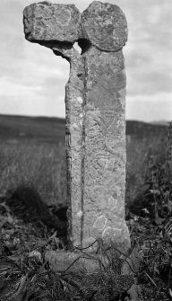 Sculptered cross, A 'Chill, Canna. (No. 28)
