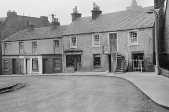 View of 95 High Street, Dunblane from south east.