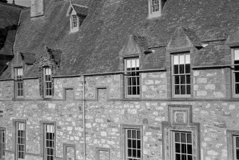 Detail of W elevation of courtyard, Cullen House.
