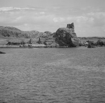 Dunyvaig Castle, Lagavulin Bay, Islay. View from West.