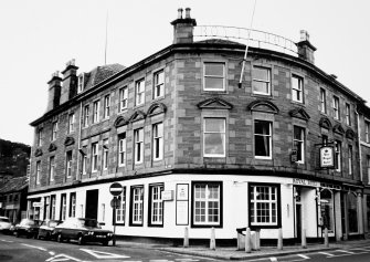 Royal Hotel, High Street. General view.