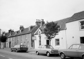 General view of Nos 13, 15 and 19 High Street