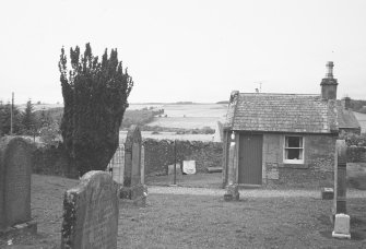 Forteviot Parish Churchyard wall and session house. General view.