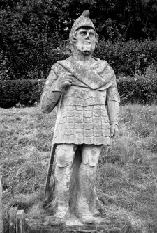 Kinfauns Castle, Statue. General view of statue.