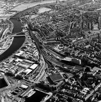 Aberdeen City Centre, oblique aerial view, taken from the NNE, centred on the Joint Railway Station and the Ferryhill area.