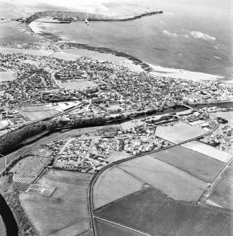 Thurso and Scrabster, oblique aerial view, taken from the SE..