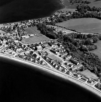 Aerial view of Cromarty, Bayview Crescent and Bayview Crescent, Church of Scotland, West Church.  Also visible is The Paye, Gaelic Chapel from the SW.