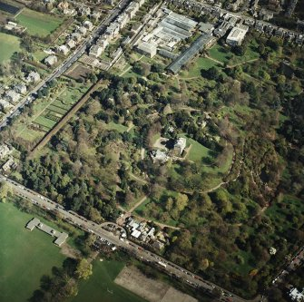 Oblique aerial view of the botanical garden centred on the art gallery, house, tea room and café, taken from the SW.