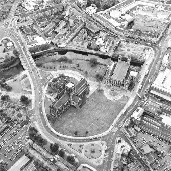 Oblique aerial view of Paisley centred on the abbey and town hall, taken from the NE.