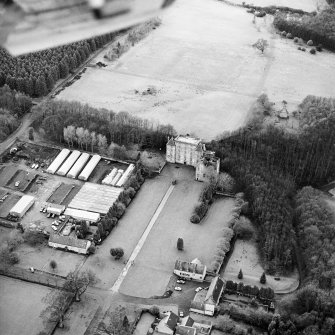 Aerial view of Kinneil House, Old Kinneil Kirk and the Antonine Wall (c. 9800 8052), taken from the NE.