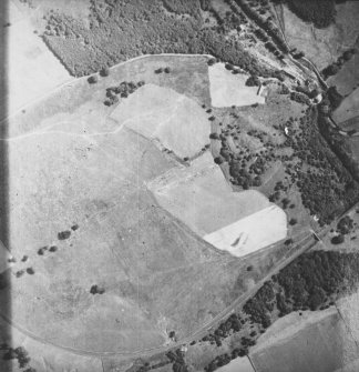 Oblique aerial view of Broomholm, taken from W, centered on roman fort.