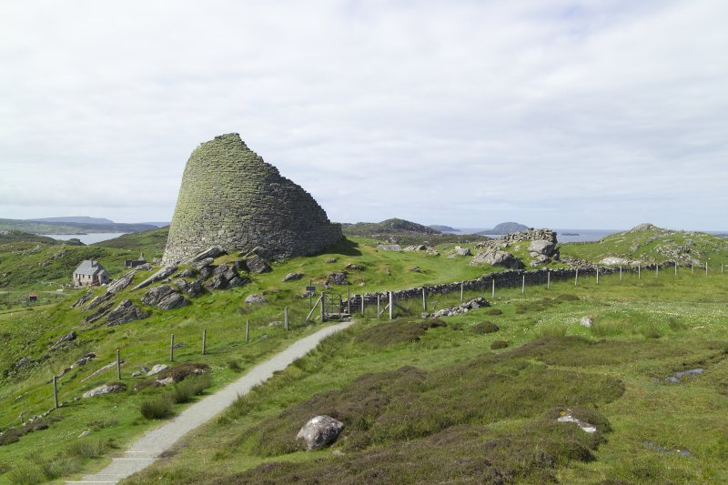 View of Dun Carloway Broch from NE.