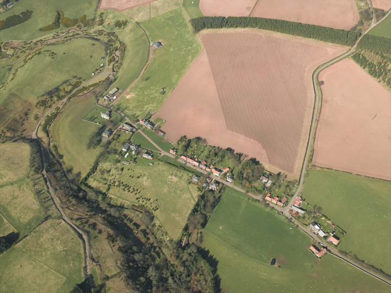 General oblique aerial view centred on the village, taken from the SSE.