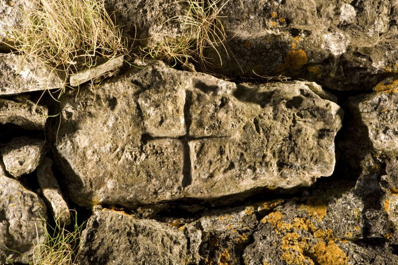 Detail of incised cross St Skae no 1
