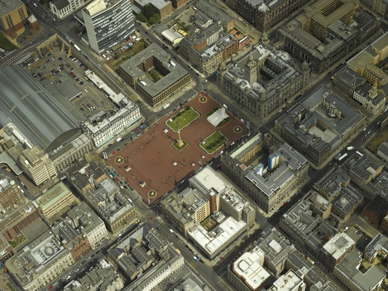Oblique aerial view centred on George Square with the city chambers adjacent, taken from the SW.