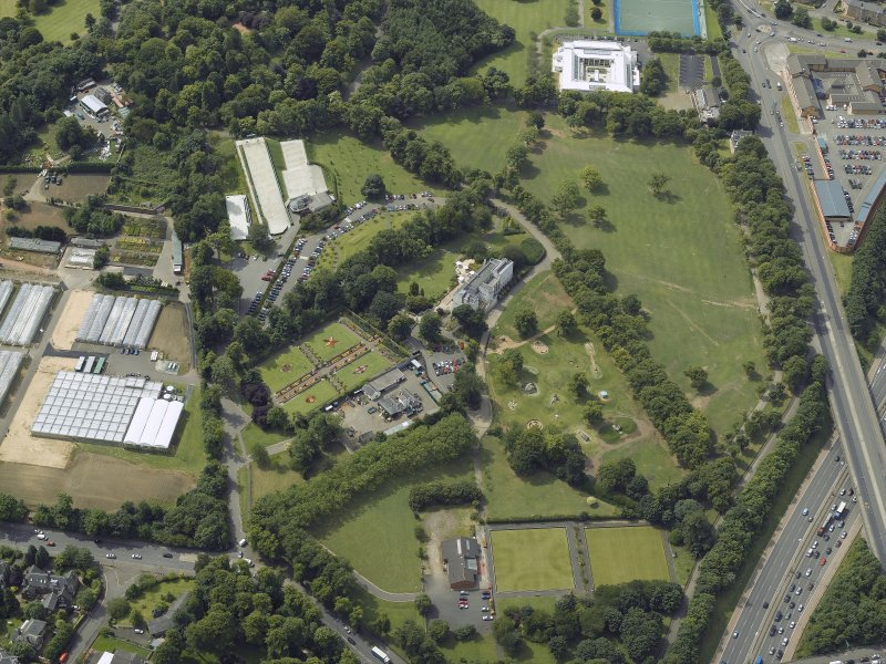 General oblique aerial view of the park and house with the pavilion adjacent, taken from the E.