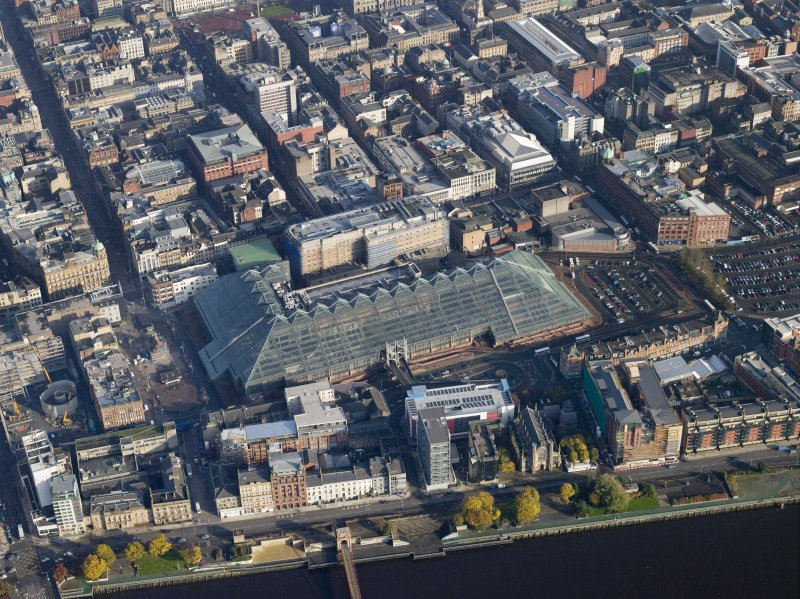Oblique aerial view centred on the St Enoch shopping centre, taken from the SW.