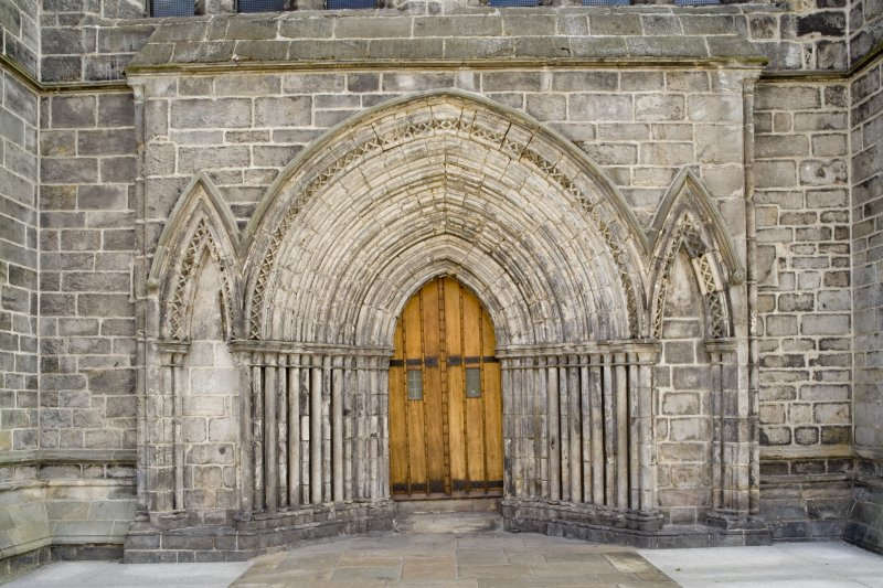 View of West door. Paisley Abbey.