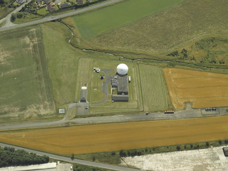 Oblique aerial view centred on the radio station, taken from the N.
