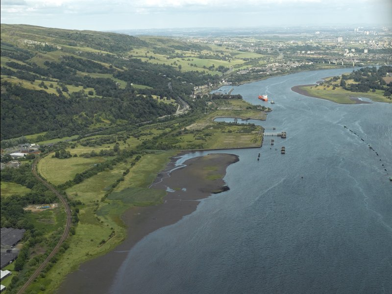 General oblique aerial view looking ablong the River Clyde, taken from the W.
