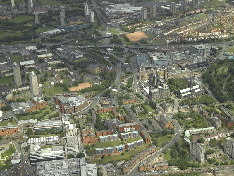 General oblique aerial view of the city centred on Townhead, taken from the SSW.