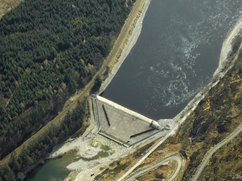 Oblique aerial view centred on Loch Treig dam, taken from the N.