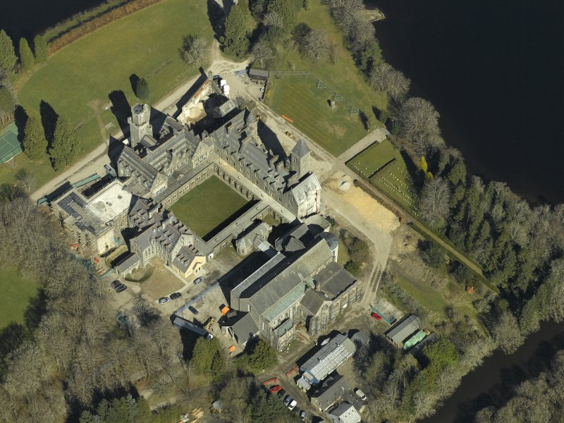 Oblique aerial view centred on the abbey and school, taken from the SSW.