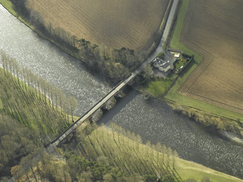 Oblique aerial view centred on Mertoun Bridge, taken from the N.
