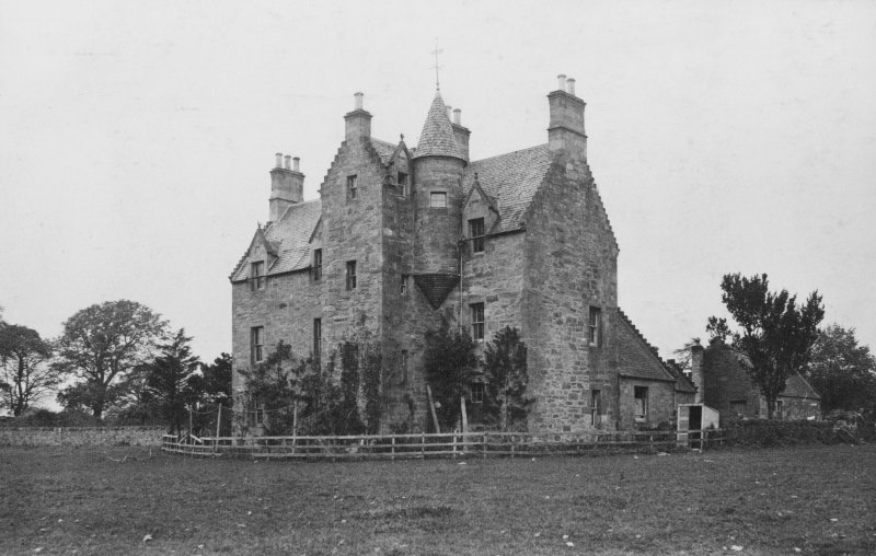 Page 24/2. General view. PHOTOGRAPH ALBUM NO. 113 (VOL 2): OLD SCOTTISH BARONIAL HOUSES 1879'S & 1880'S