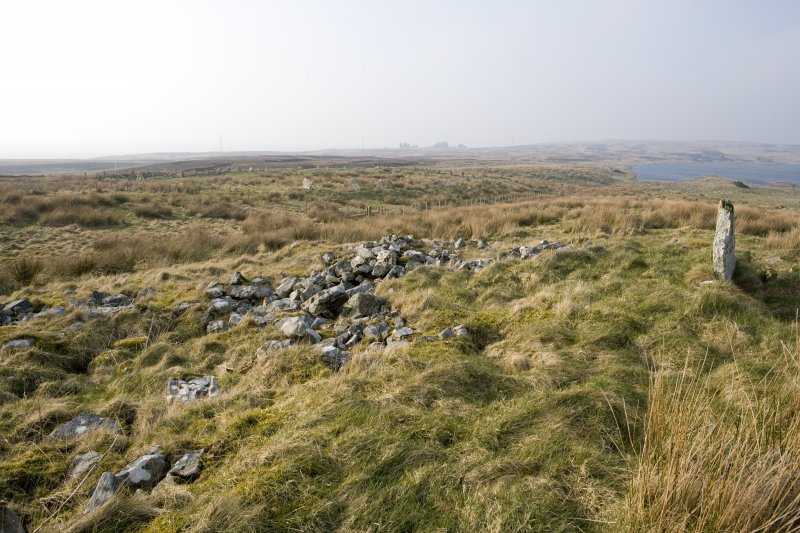 View looking N from the chambered cairn to Achkinloch stone setting (ND14SE 2) .