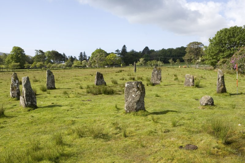 Stone circle, view  from NE (with range pole)