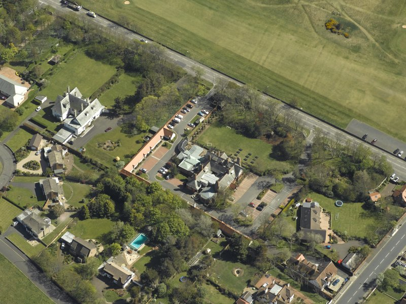 Oblique aerial view centred on Craigend House Hotel, taken from the NW.